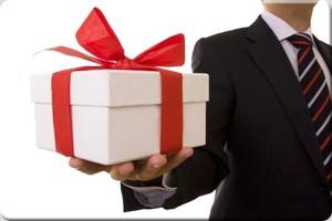 اصول هدیه دادن در دوران عقد