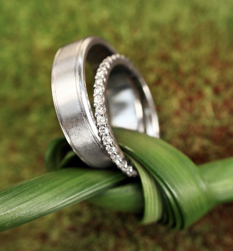 eco-friendly-wedding-rings-brilliant-earth-wedding-rings-wedding-rings-green-wedding-bands-engagement-rings-wedding-party-blog