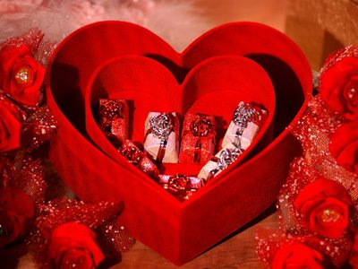 romantic-valentines-gifts