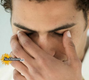 دلیل پریدن پلک چشم