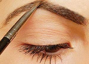 سایه ابرو و اشتباهات رایج در آرایش ابروها و کاربرد مداد ابرو