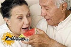 معرفی ۵ ماده مغذی مورد نياز سالمندان