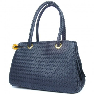 F502033-Aristocratic-Handbag
