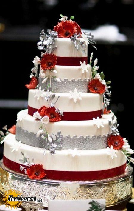 Red-White-Wedding-Cakes_02