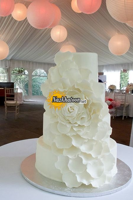 white-wedding-cakes-a-white-cake-Rose-petal-casade