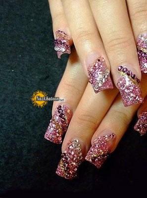pink-glitter-nail-art-design