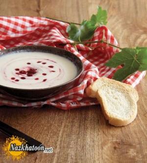 روش تهیه سوپ سرد مرغ با آلبالو
