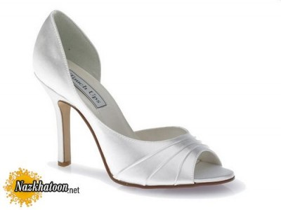Wedding-Shoes-for-Brides-21-630x474