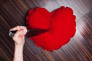 ۱۰ روش جلوگیری از خیانت همسر