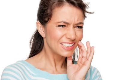 ۷ دلیل برای صدمه به دندان