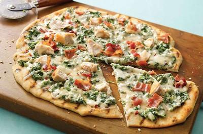 روش تهیه پیتزای سبز با ماهی