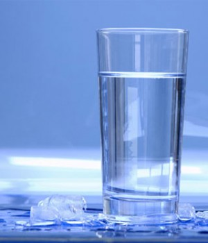 مقدار باکتری در یک لیوان آب