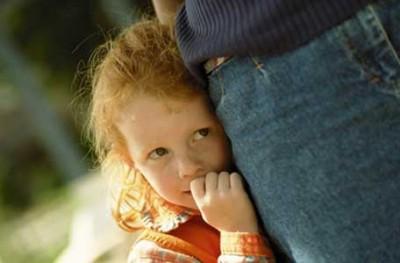 آموزش رفتار با کودک خجالتی
