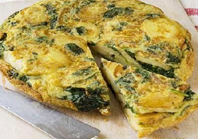 روش تهیه املت سیب زمینی با پنیر و اسفناج