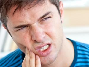 علائم و درمان آبسه دندان