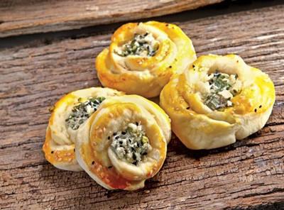 روش تهیه نان و پنیر و سبزی مدرن