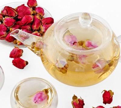 خاصیت بی نظیر چای گل سرخ