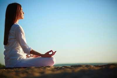فواید ورزش یوگا چیست؟
