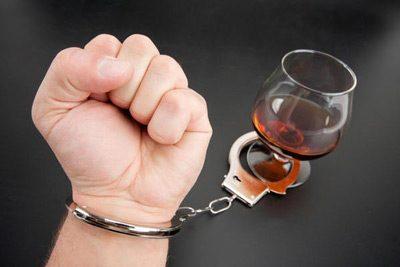زندگی با یک معتاد الکلی