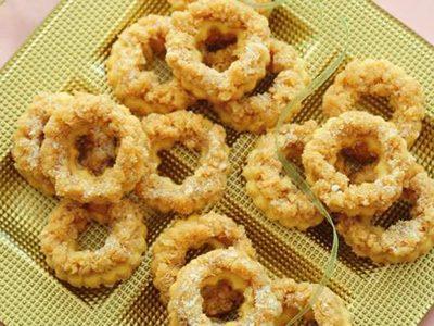 شیرینی حلقه های نارگیلی