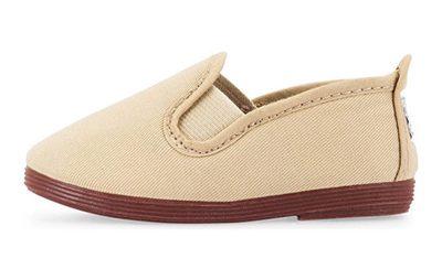 خرید کفش برای کودکان