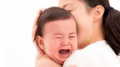 چگونه برخورد کردن با نق زدن کودکان