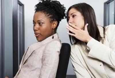 نشانه هایی برای  تشخیص دوستان غیر واقعی