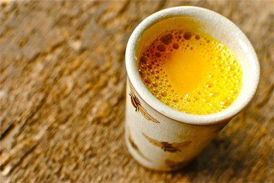 نوشیدن چای زردچوبه برای پیشگیری از این بیماری های
