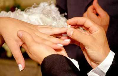 آیا بزرگ بودن سن زن از شوهر دلیلی برای یک ازدواج ناموفق است؟
