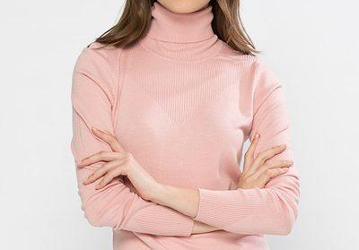 چند ایده برای پوشیدن پلیور صورتی در فصل پاییز